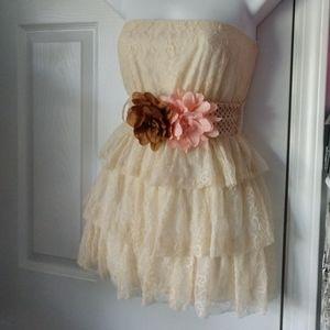 Medium stunning strapless lace ruffled top Rue21